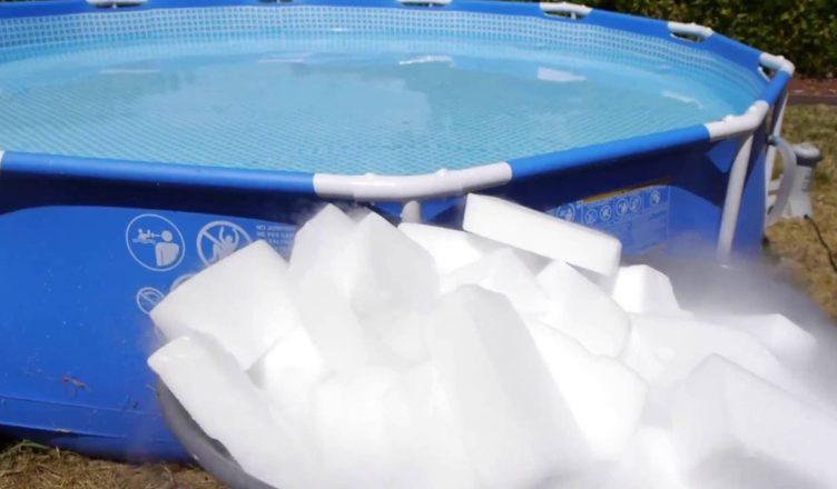 ماذا يحدث إذا قمت بإسقاط 1000 باوند من الثلج الجاف في بركة؟